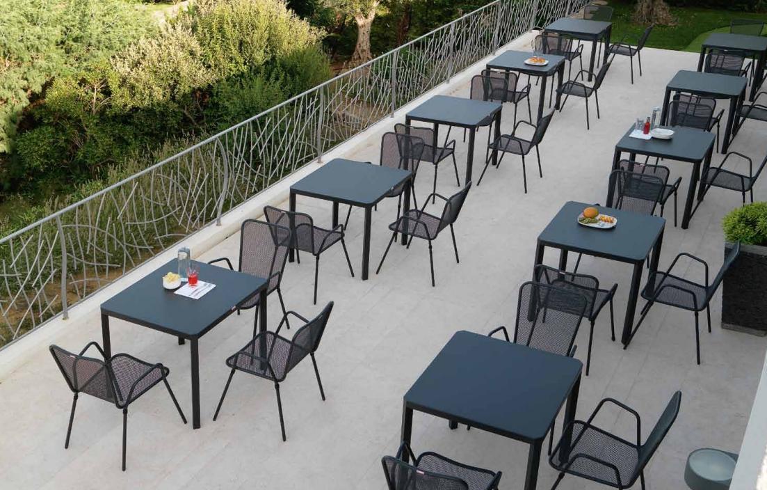 La tartaruga tavoli e sedie da bar la tartaruga for Tavolini da esterno in ferro