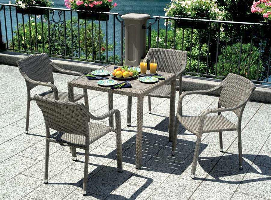 La tartaruga tavoli e sedie da bar la tartaruga for Tavoli e sedie per esterno
