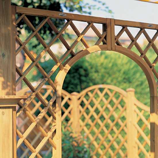 Fioriere grigliati su misura e lavori speciali in legno for Grigliato ad arco