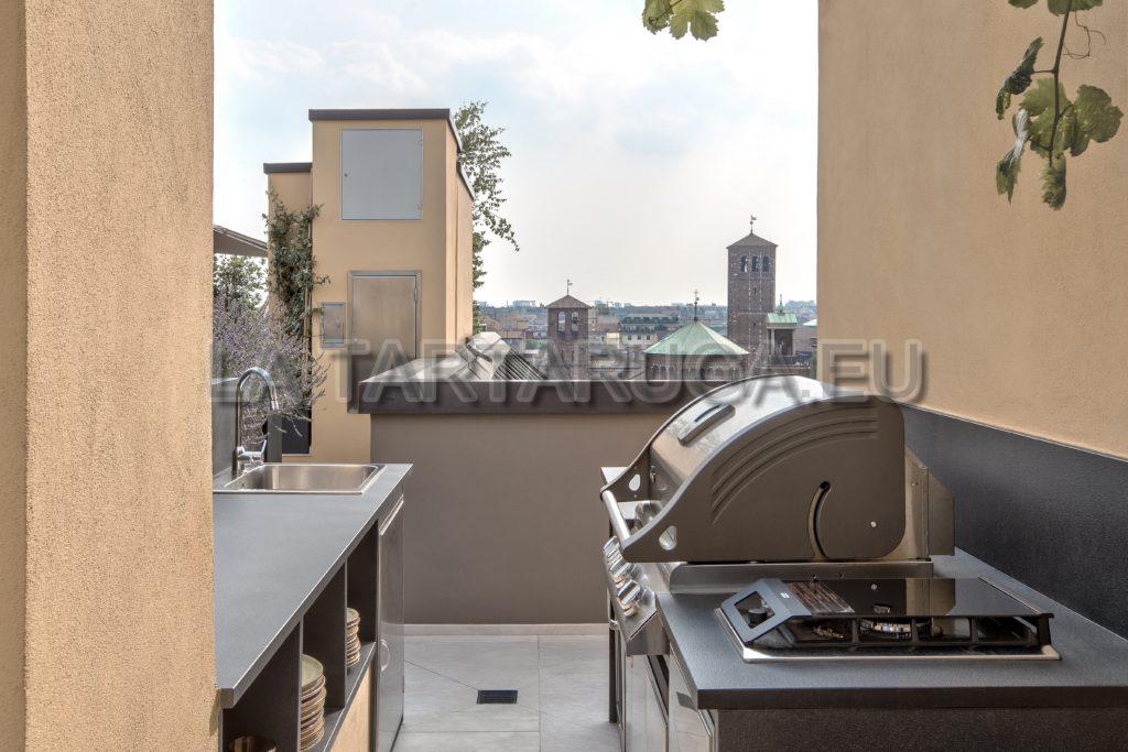 Cucina barbecue su misura in muratura per esterni - Cucina per esterni ...